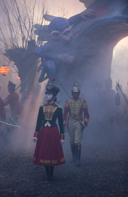 The-Nutcracker-and-the-Four-Realms-009-Mackenzie-Foy
